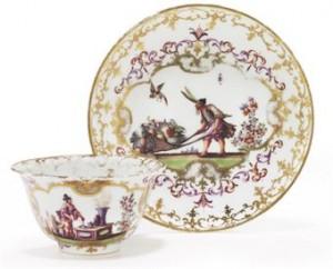 a_meissen_porcelain_chinoiserie_teabowl_and_saucer_circa_1720_gilt_35_d5328495h