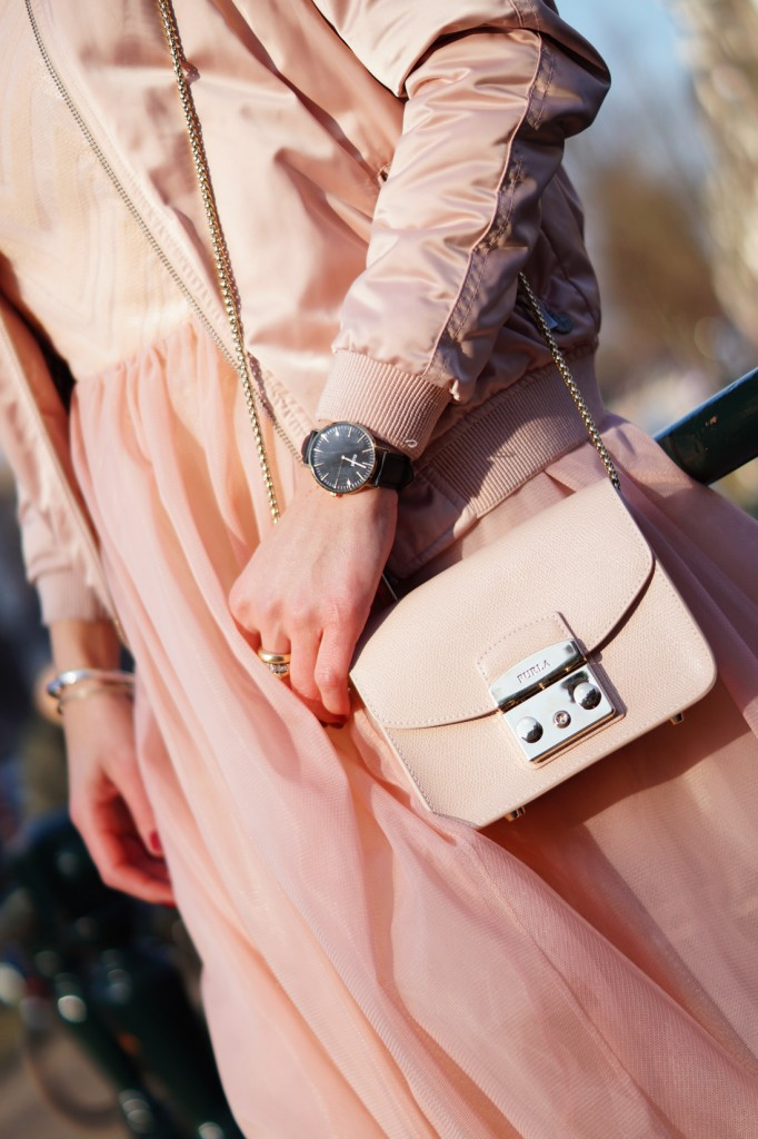 Bag-at-You-Fashion-blog-Furla-Metropolis-Bag-Pink