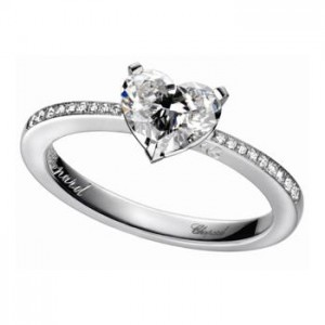ショパール 指輪