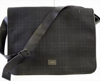 バーバリー ナイロン×革 ブラック ショルダーバッグ