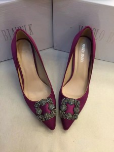 Manolo_Blahnik_purple_satin