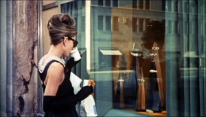 Audrey_Hepburn_in_Breakfast_at_Tiffany's